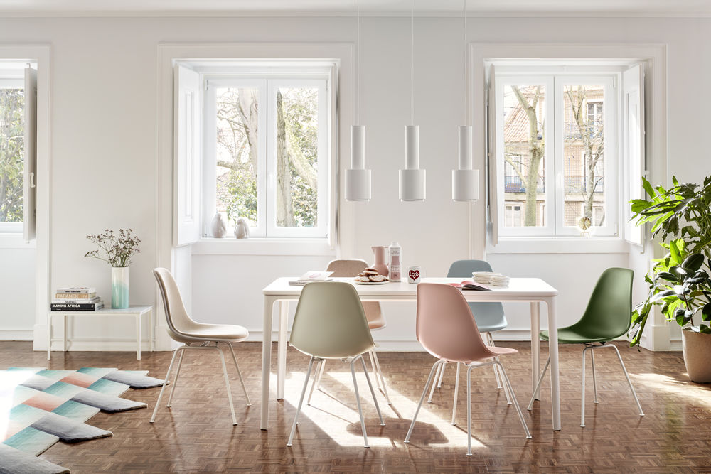 banner image of Eames Plastic Chairs